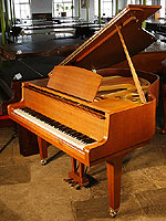 Modern grand pianos for sale buy a grand piano with a for Yamaha g1 piano