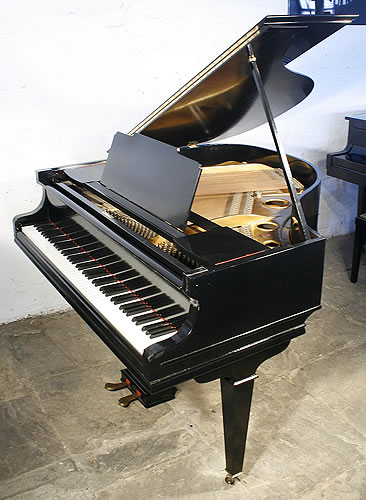 Chappell baby grand piano for sale with a black case for How big is a grand piano